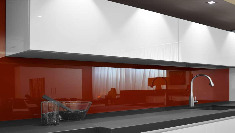il Vetro in cucina: resistente e dal design innovativo